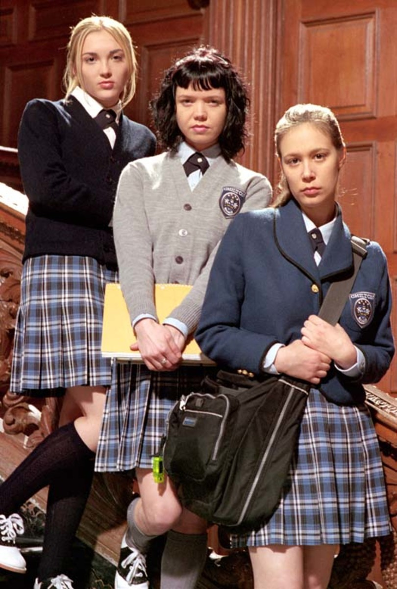 """Oh how I love these prep school snobs in Gilmore Girls. Ever notice how """"normal"""" Rory was, since she was small-town publicly educated until she was 16?"""