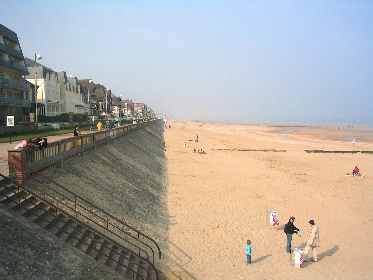 Cabourg is a hot favorite for Parisians on a weekend break. (Courtesy Ji-Elle)