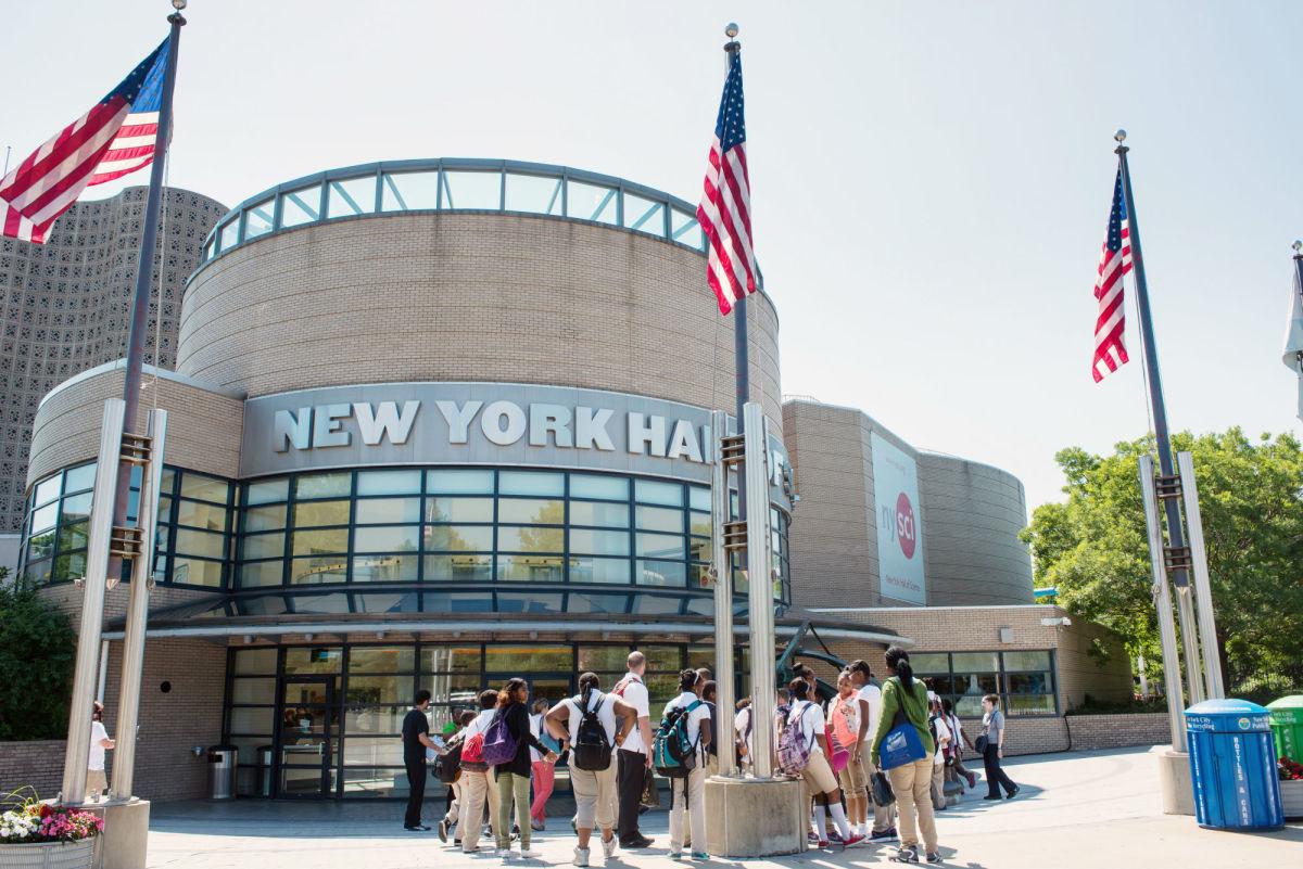 3-new-york-hall-of-science_01_julienne-schaer