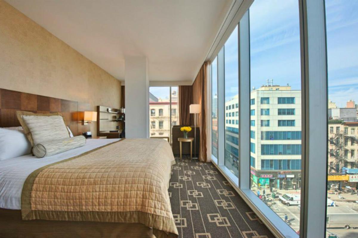 Four-Affordable-FamilyFriendly-Hotels-in-NYC-5526111085b64ec39074624cf68ab6a9