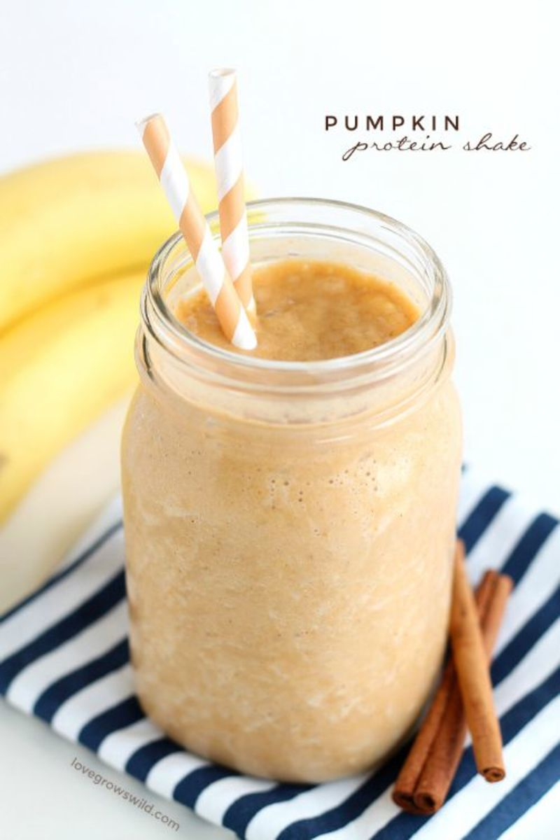 Our Favorite Fall Food Recipes Pumpkin-Protein-Shake