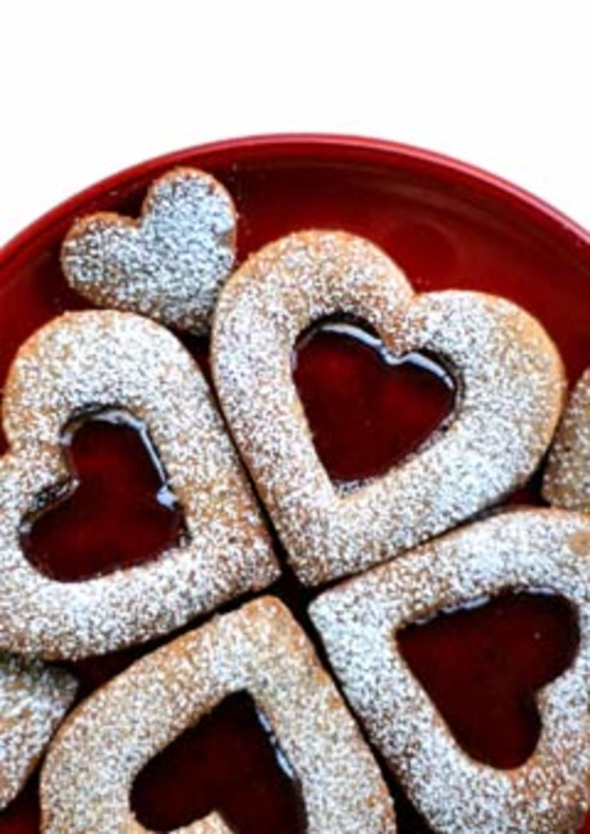 linzer cookie hearts