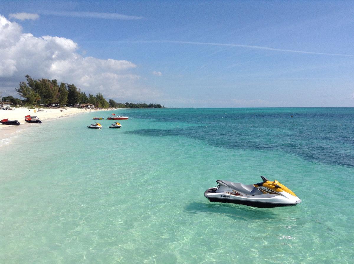 Freeport, Bahamas (Flickr: Jorge Brazil)