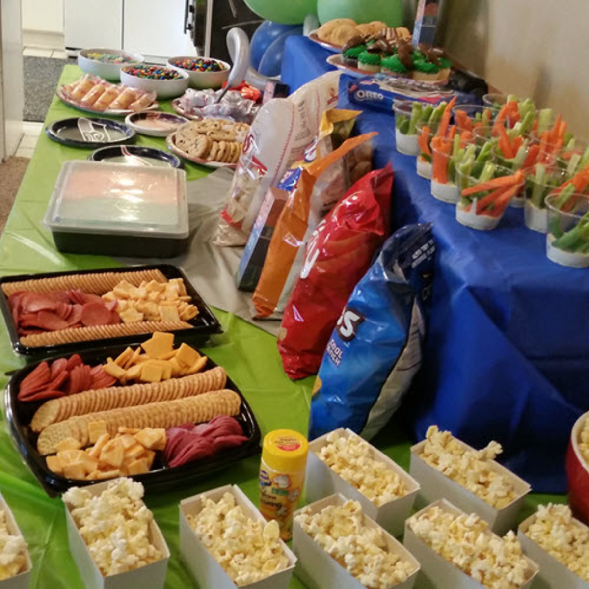 superbowl-party-ideas-cheap-easy
