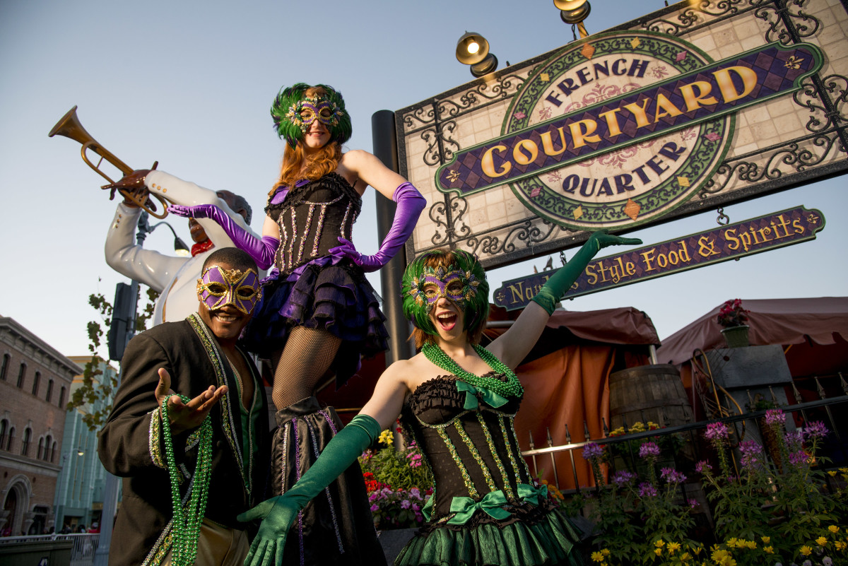 Universal Orlando Mardi Gras Is a Family Friendly Fête www.TodaysMama.com #UniversalOrlandoMardiGras