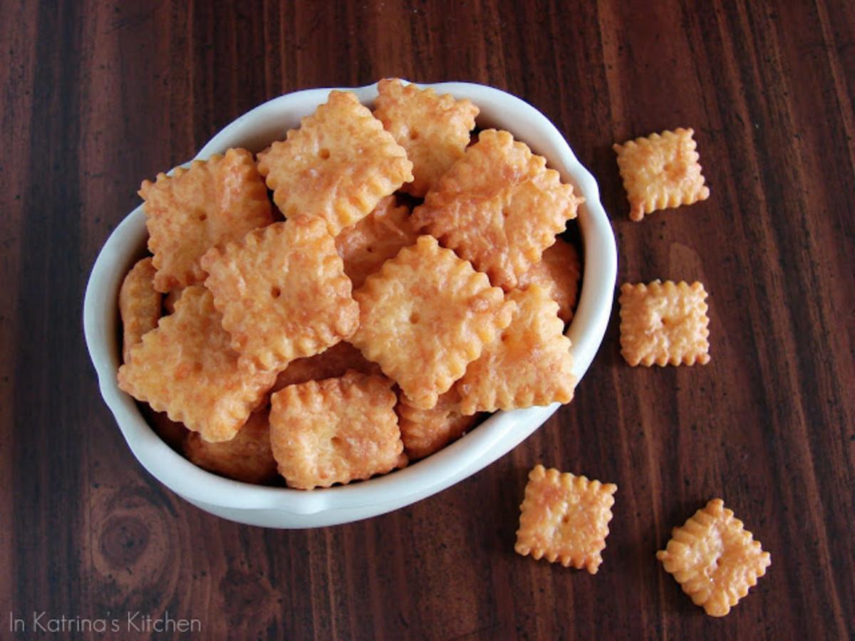 Homemade Cheez-Its | Katrina's Kitchen