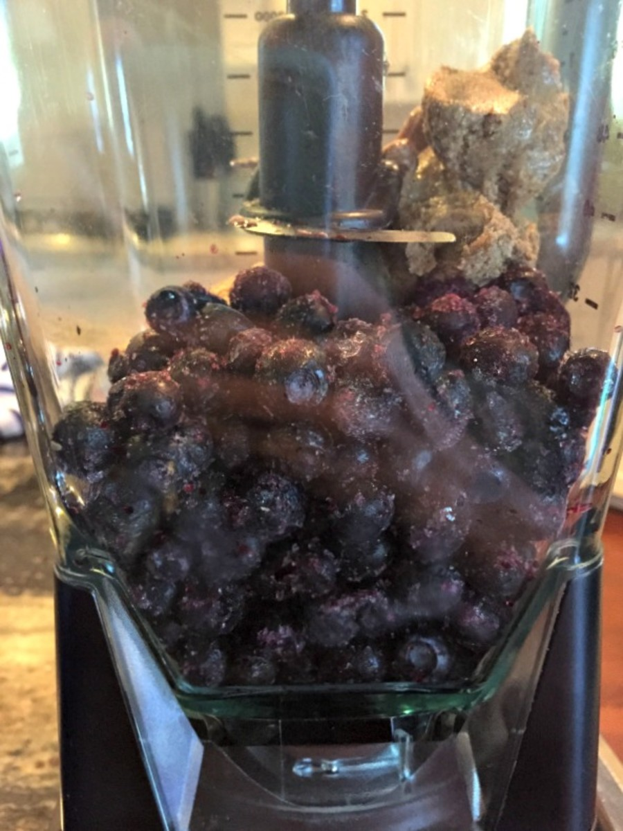 Brain Buster Smoothie with Blueberries
