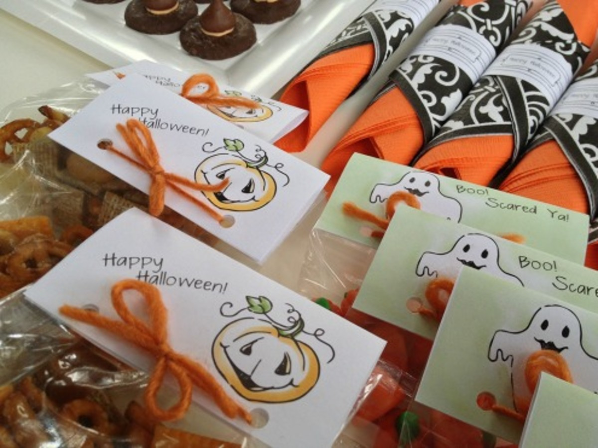 Printable Halloween Party Treat Bag Labels from Today's Mama