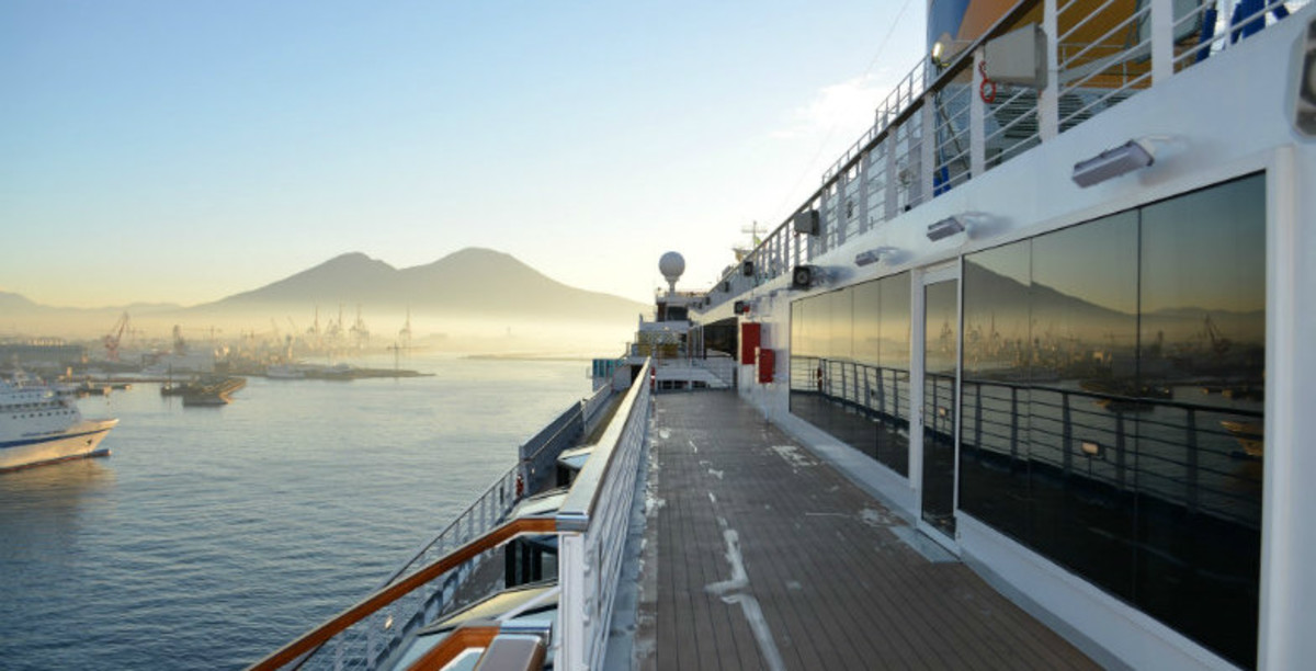 Best-Family-Cruise-Deals-to-Book-Now-2fa493ca12684cbeb6dc7808ff6ea0b3