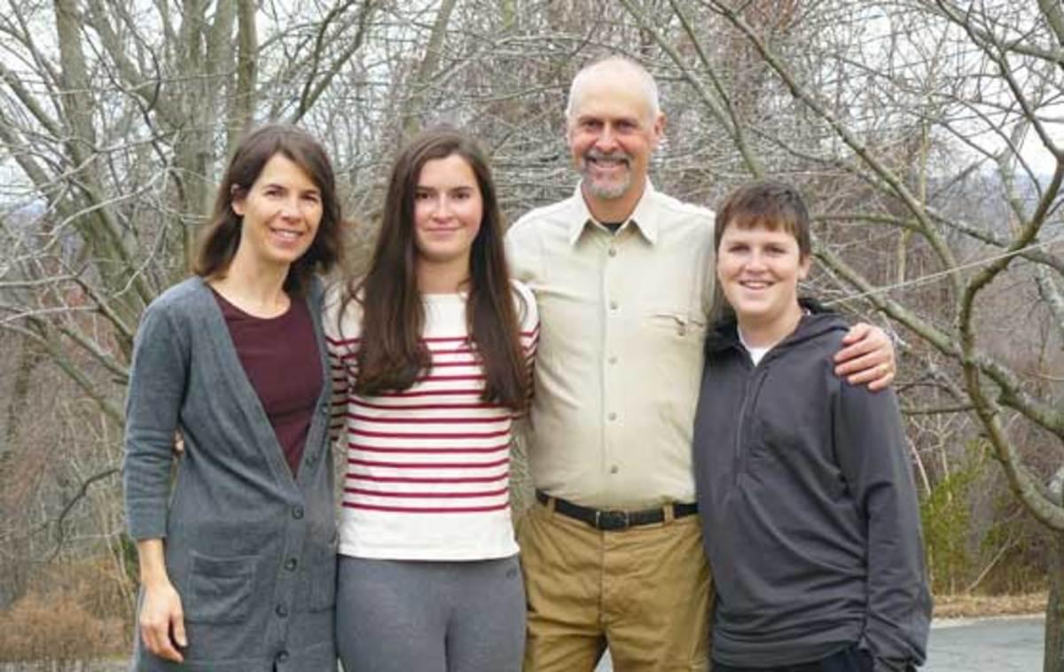 bill-toomey-and-family-557x352