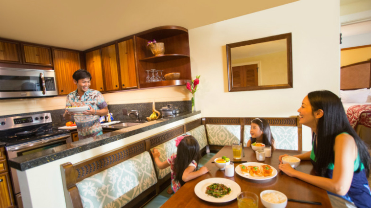 Amazing-Winter-Deal-at-Disneys-Aulani-Resort-605f1f847b3b4459b59244eee22380a1