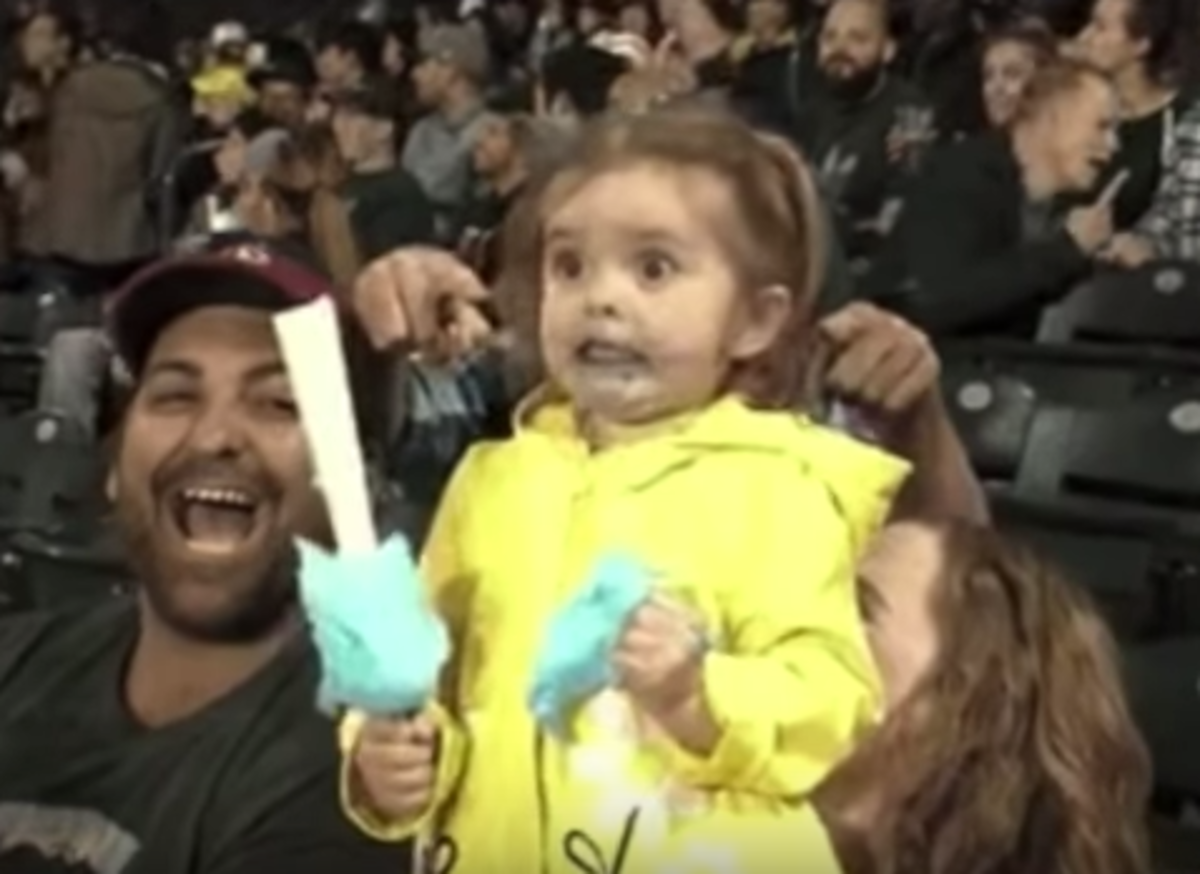 Girl Tasting Cotton Candy For The First Time Freaks Out!