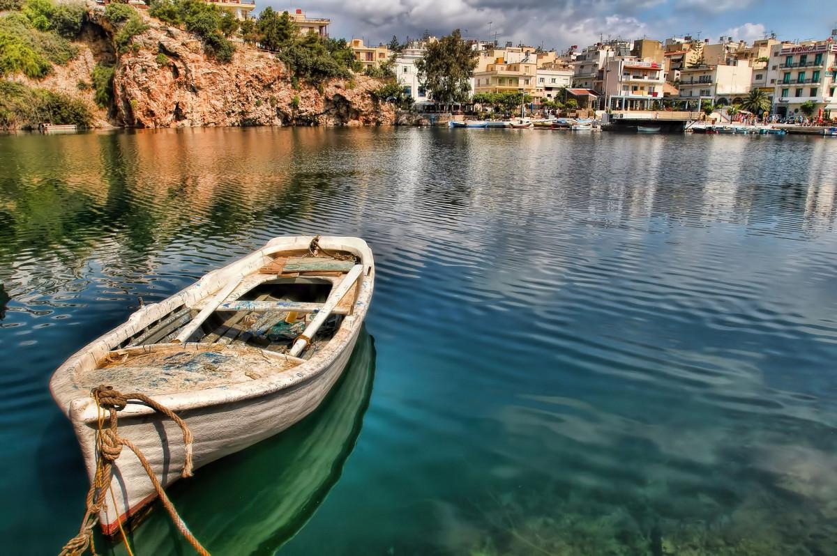 Crete (Flickr: Oliver Clarke)
