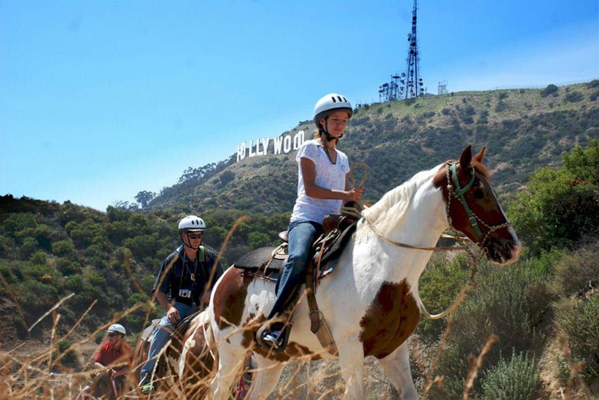 LAs-Horseback-Riding-Trails-to-Take-the-Kids-On-7daab8223e7b4a67bd7a3c05b56be628