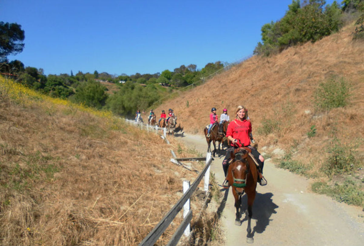 LAs-Horseback-Riding-Trails-to-Take-the-Kids-On-4558ad5e077f4f1cb8476e17771b2dee-1