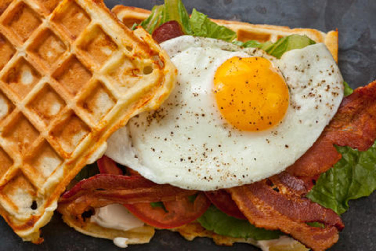 Cheddar Waffle BLT with Egg | Chow