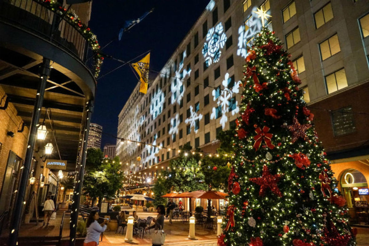 Things-to-Do-for-Christmas-with-Kids-in-New-Orleans-6c09b105ac3543d9933ad5d825ff467e