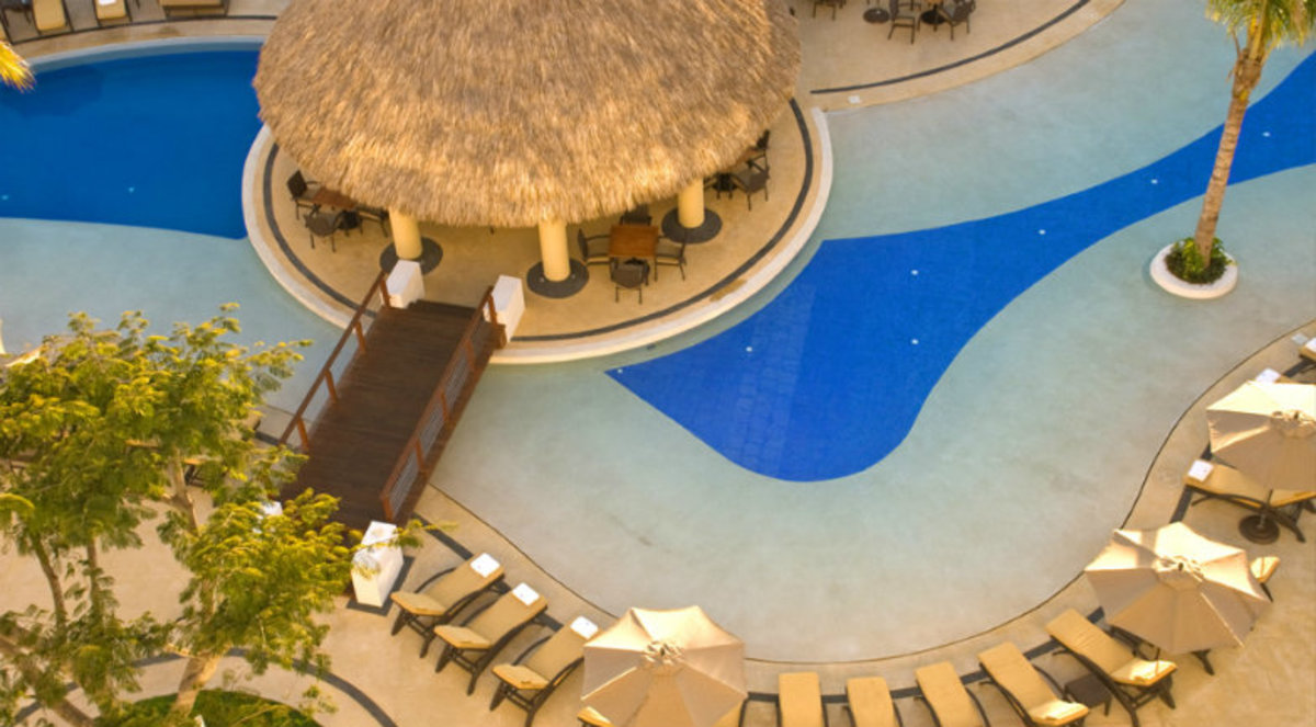 Jet-off-to-Warm-Destinations-with-These-Sunny-Deals-159adfb965ae4b3ba9de0037747fd14b