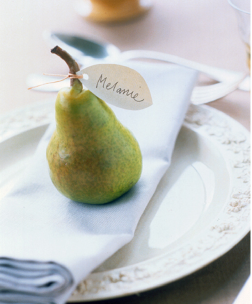 pear place card thanksgiving table setting