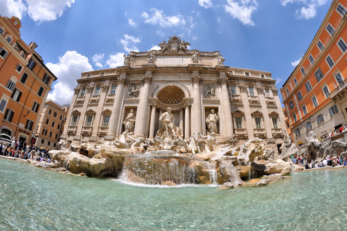 Trevi Fountain in Rome (Flickr: Patrick Subotkiewiez)