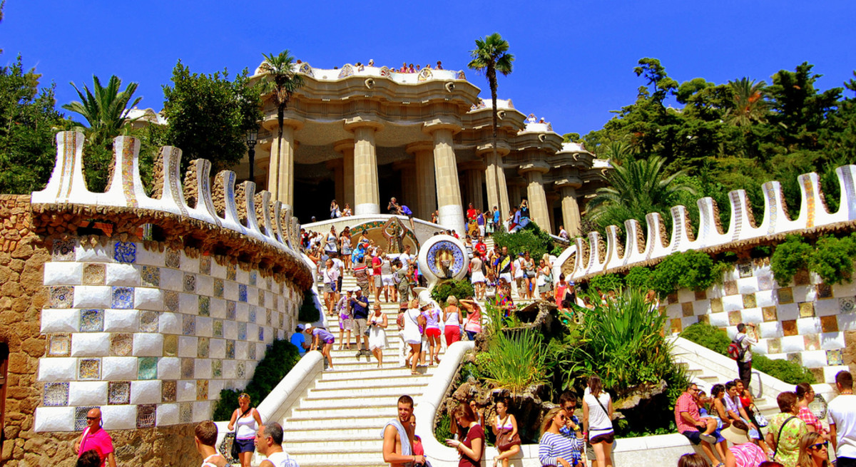 Parc Güell in Barcelona (Photo: JoRobot)