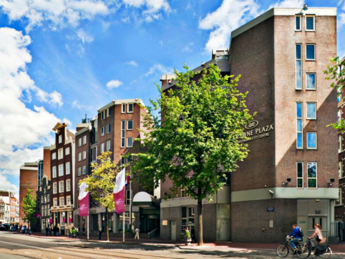 5-Affordable-Amsterdam-Hotels--37eaf5f5fcb04c918b0f16985aff9065