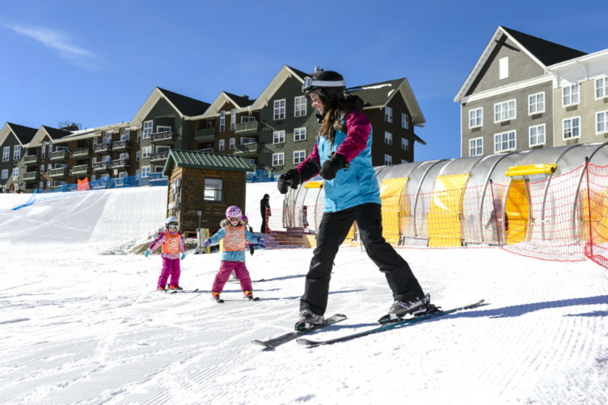 Superb-Ski-Deals-for-Family-Fun-on-the-Slopes-5ceb6a278745467e9d443a1a501b1396