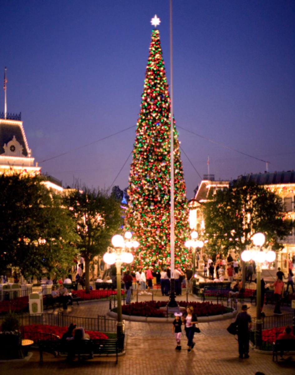 Disneyland's Main Street at Christmas