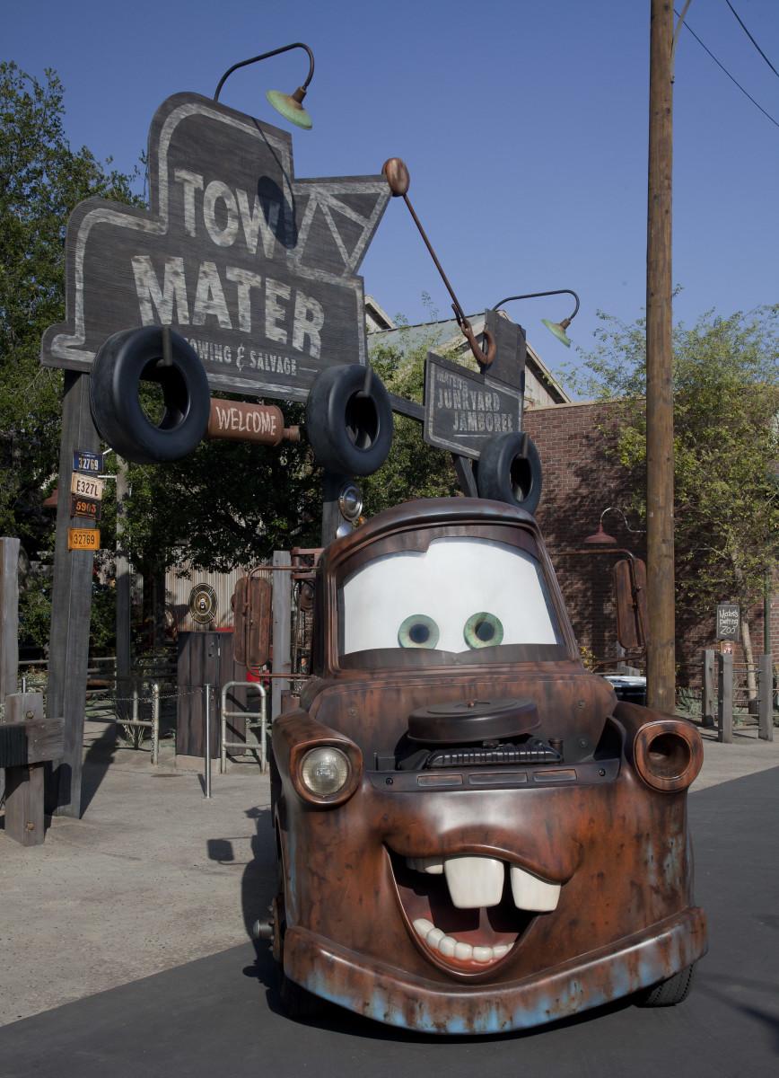 Mater's Junkyard Jamboree Ride