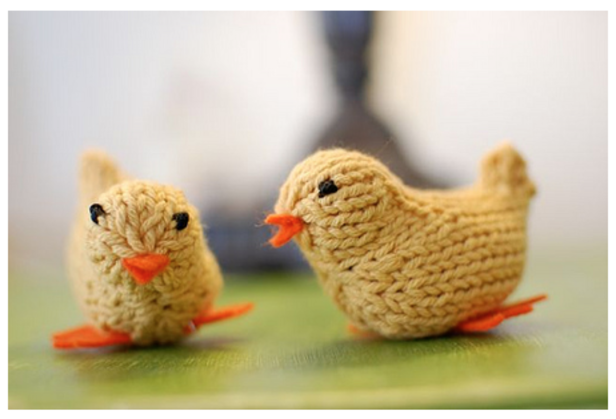 Knitted Spring Chicks