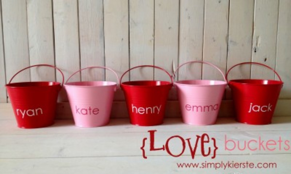 Love Buckets Family Valentine Tradition www.TodaysMama.com