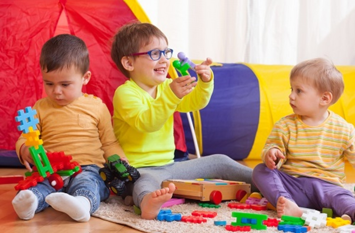 children-playing-together-at-home