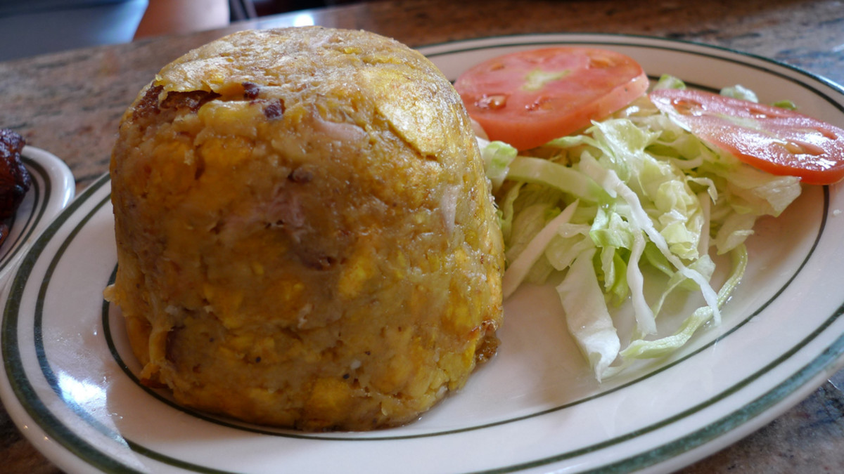 Mofongo is a traditional Puerto Rican dish. (Flickr: Arnold Gatilao)