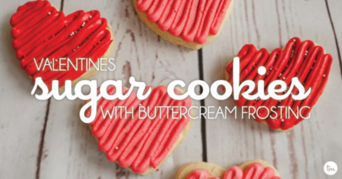 We whipped up a batch of our favorite sugar cookies and had some fun playing with buttercream for these perfect valentine's sugar cookies. Learn More!