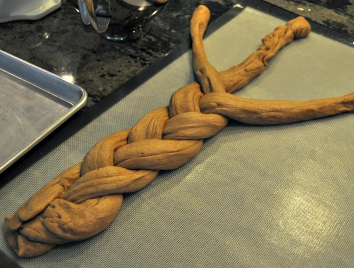 Traditional Kings Cake Recipe - Braided Dough