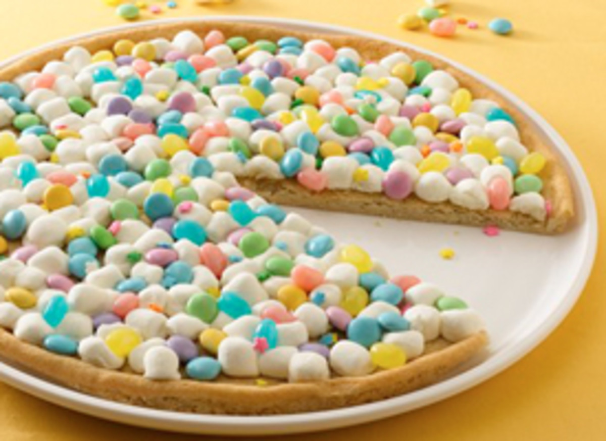 Spring Cookie Pizza - Image from Pilsbury.com