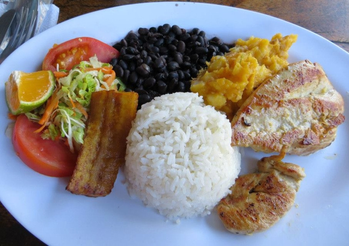 Costa Rican food is amazing. (Flickr: The LEAF Project)