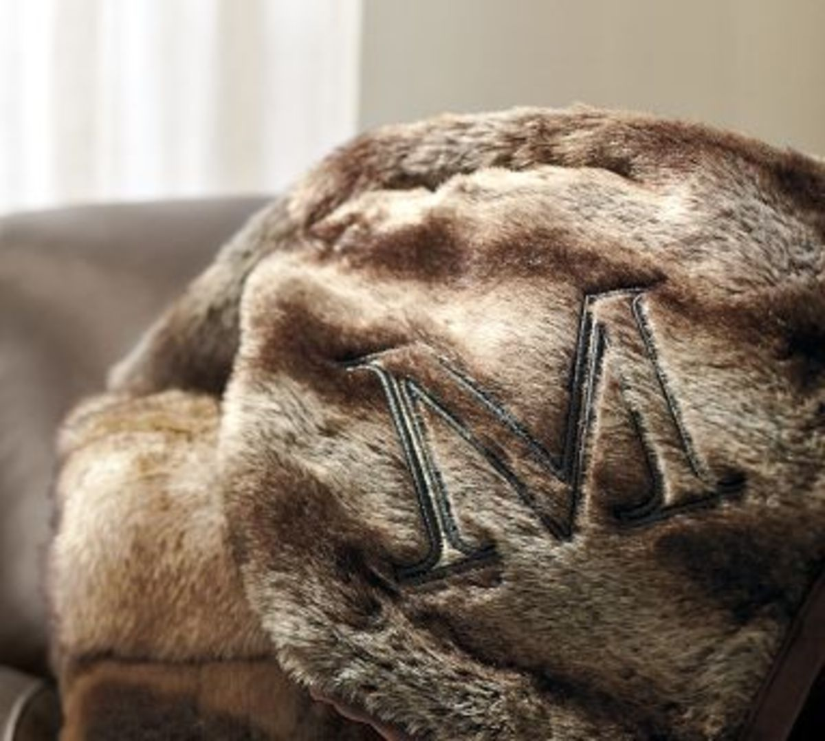 ombre faux fur throw