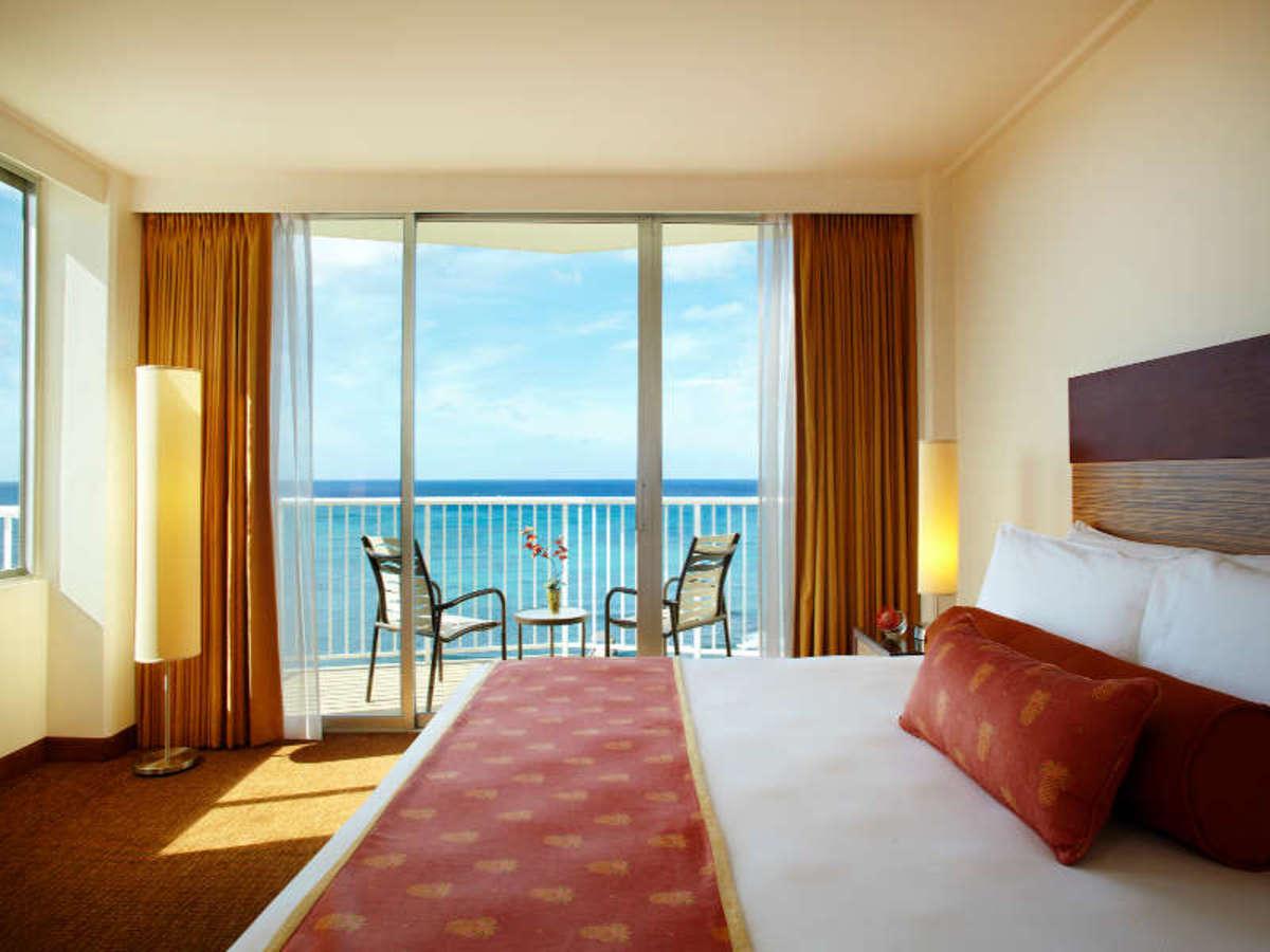 Wake up to an unobstructed view of Waikiki Beach at Park Shore Waikiki Hotel (Courtesy Park Shore Waikiki Hotel)