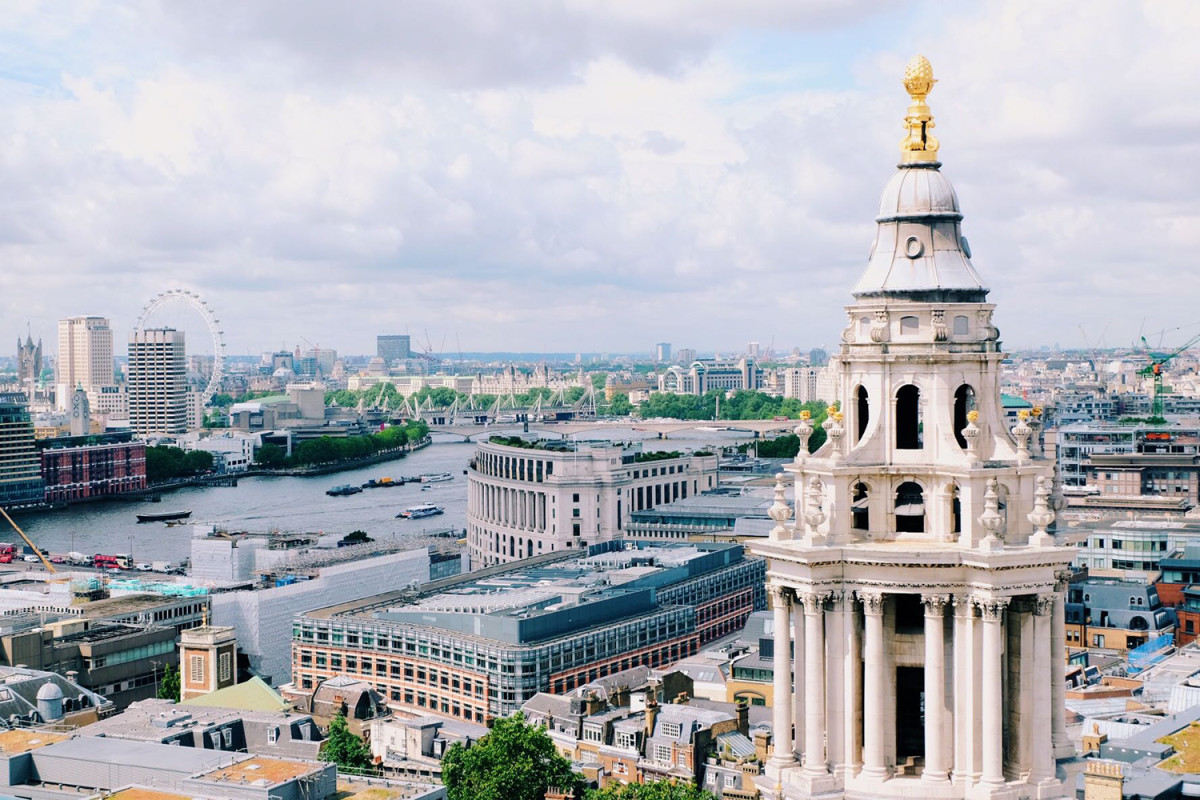 Cities like London is another fantastic destination to spend a family vacation with teens in. (Photo: Michelle Rae Uy)