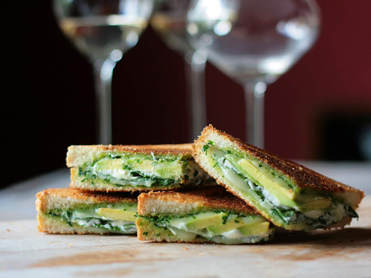 Photo from Tastespotting...Look at the wine glasses in the background, this is clearly an elegant grilled cheese...