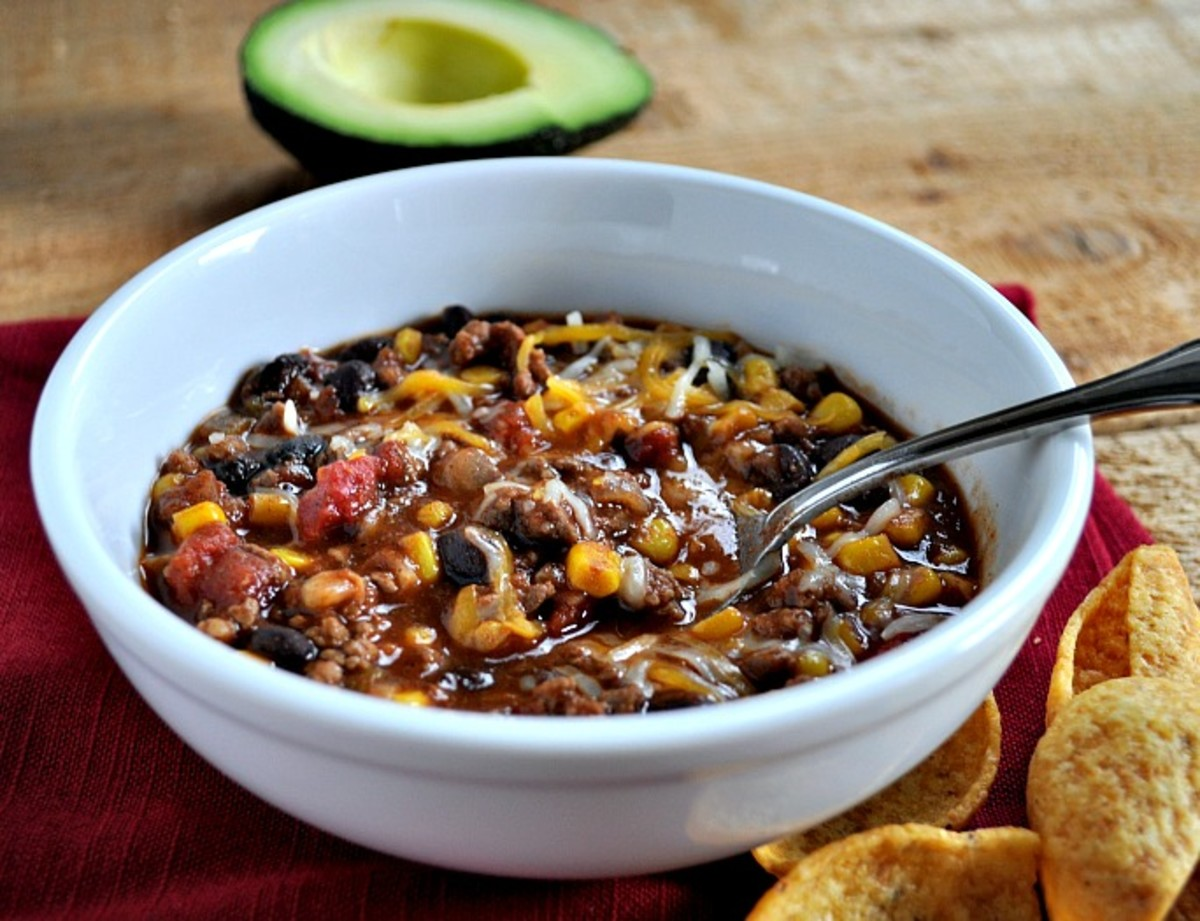 Easy Taco Soup for Dinner - TodaysMama.com