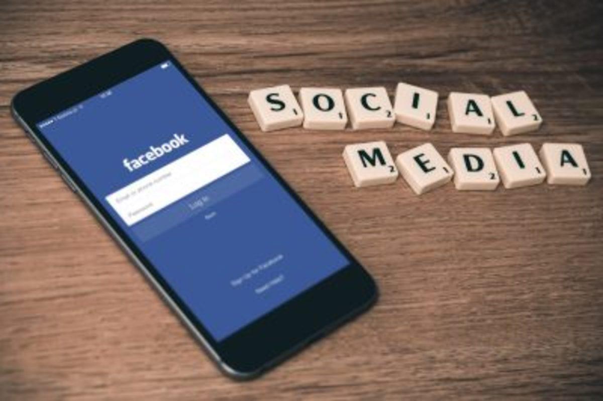 social-media-and-anxiety-400x266
