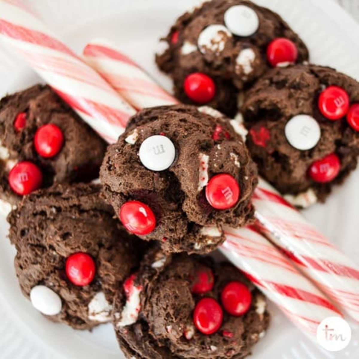 Easy Chocolate Peppermint Cake Mix Cookies