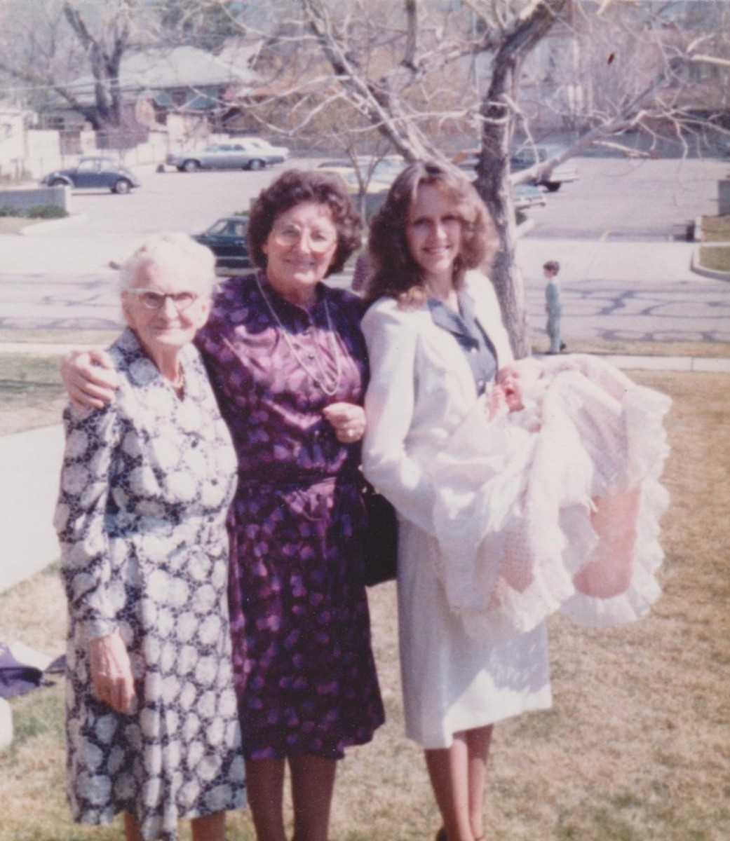 Oma, Grandma, Mom, and Baby Me - Rachael Hutchings