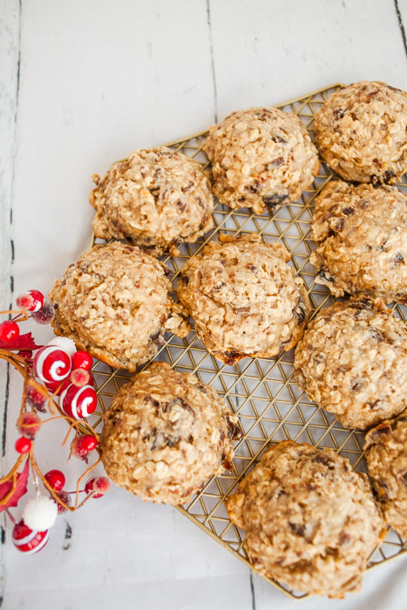 Oatmeal Date Cookies-8