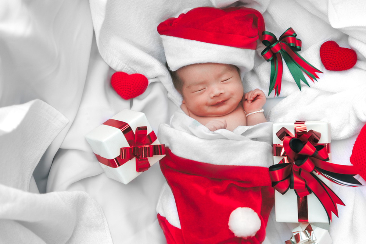 bigstock-Sleeping-Newborn-Baby-Face-In--263418343