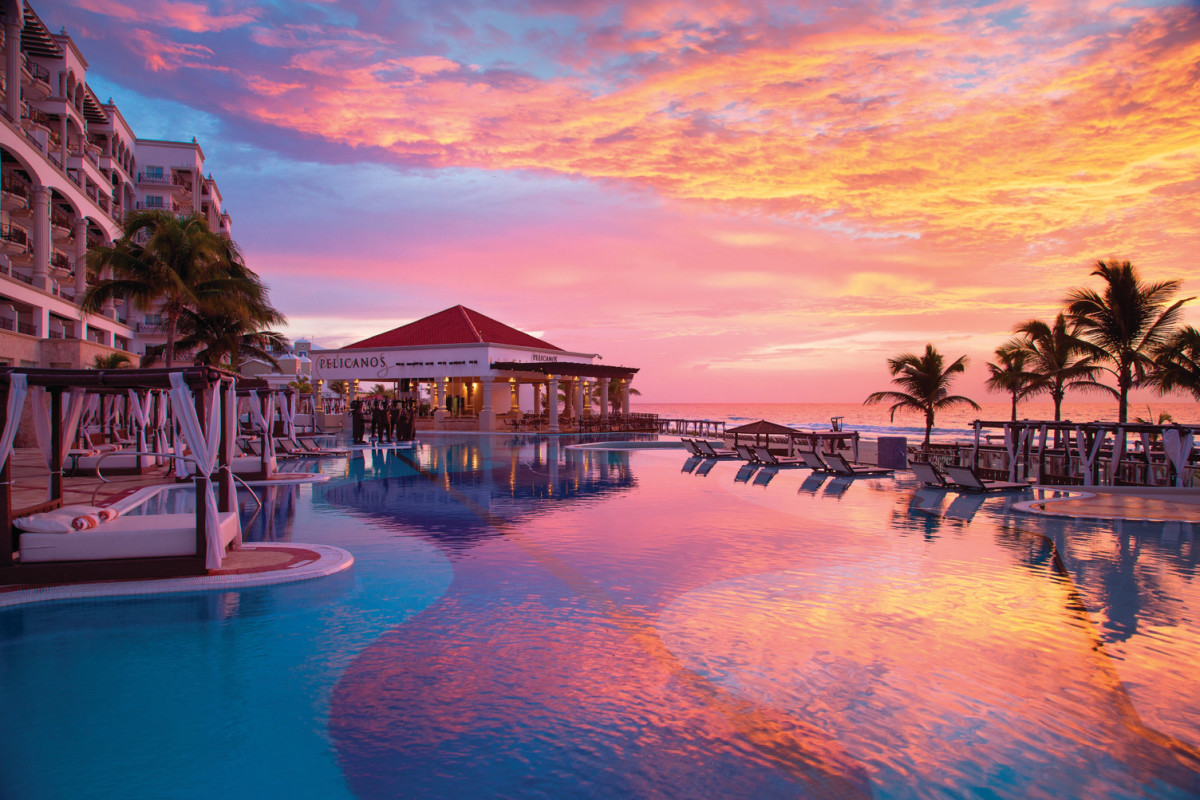 Hyatt-Zilara-Cancun-Main-Pool-Sunset