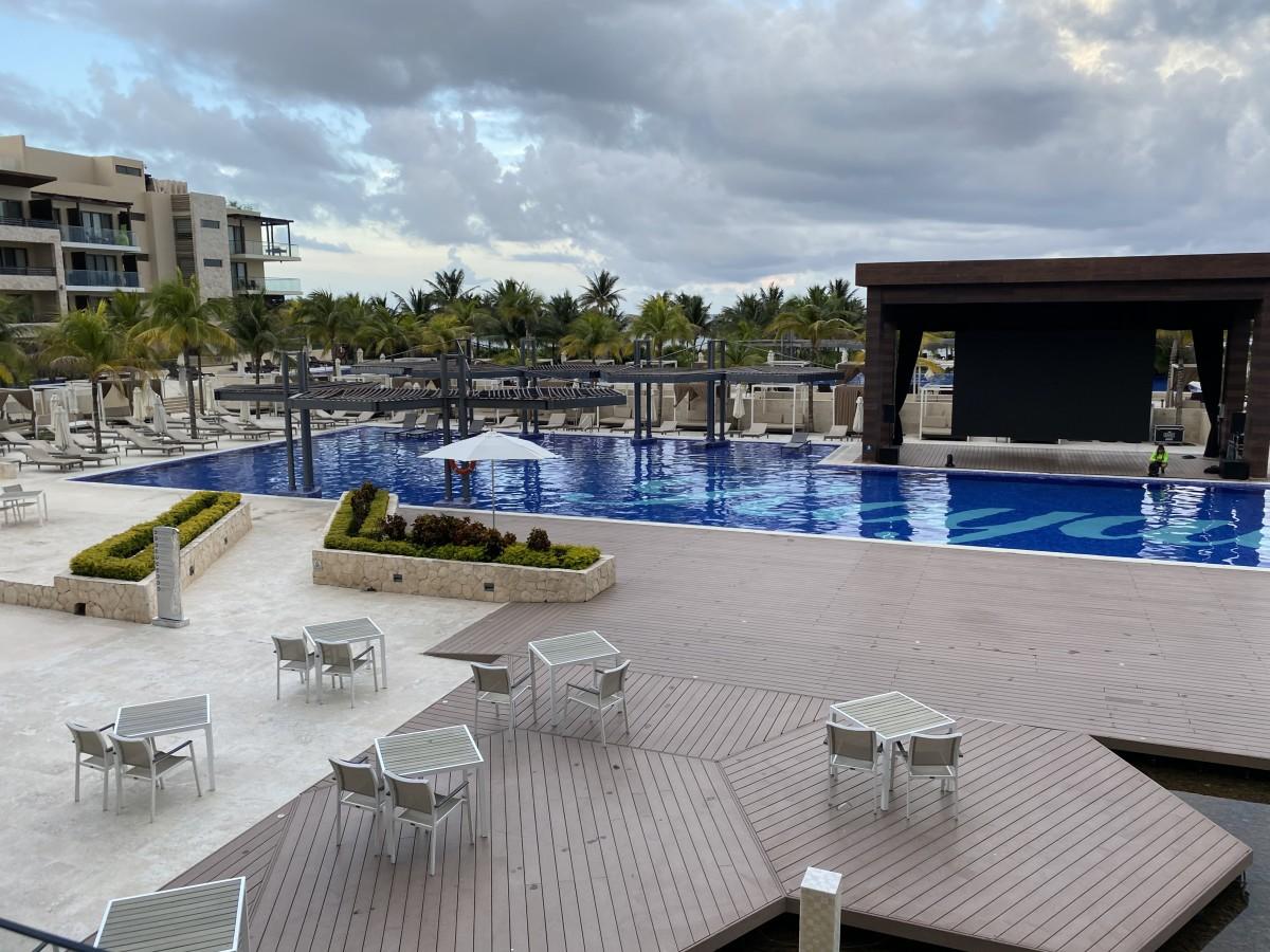 Mexico resorts COVID 19