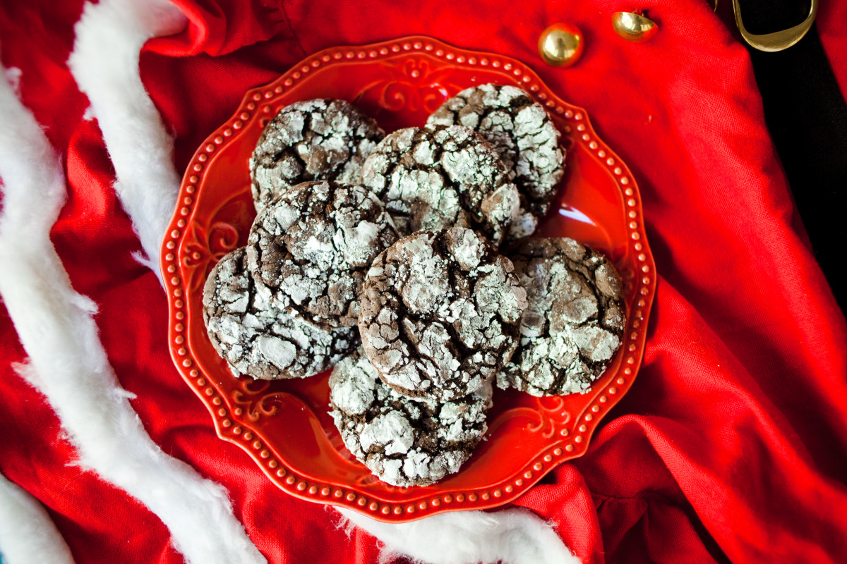 chocolate crinkle cake mix cookie